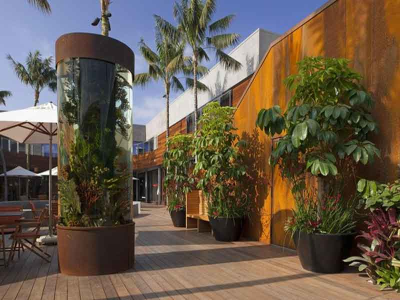 Eco-Friendly Retail Center Launched in Malibu